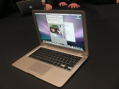 macbook%20air%20side%20and%20screen.jpg