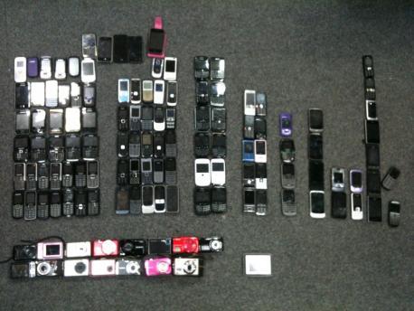 mobile phones - Oceana.JPG