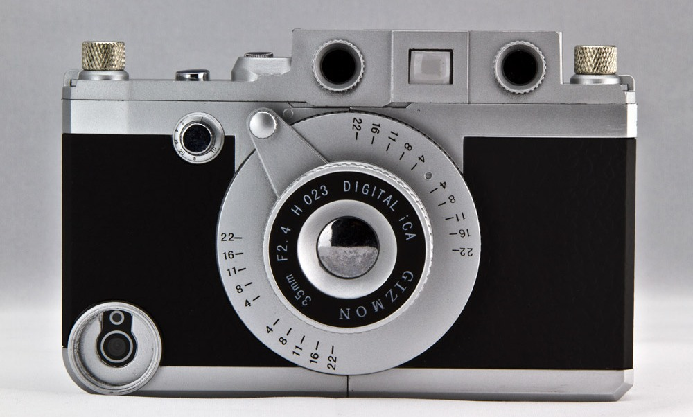 Vintage-camera-iPhone-case