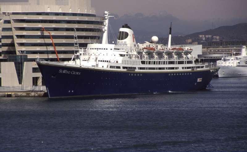 Afbeeldingsresultaat voor SS SeaWind Crown