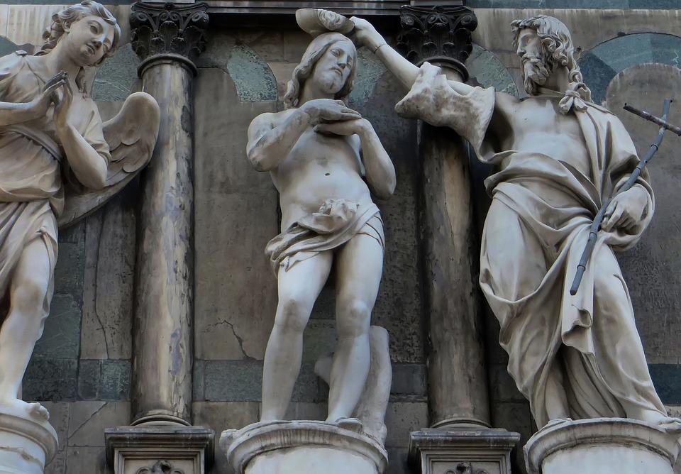 פסלים בדואמו - אטרקציות בפירנצה