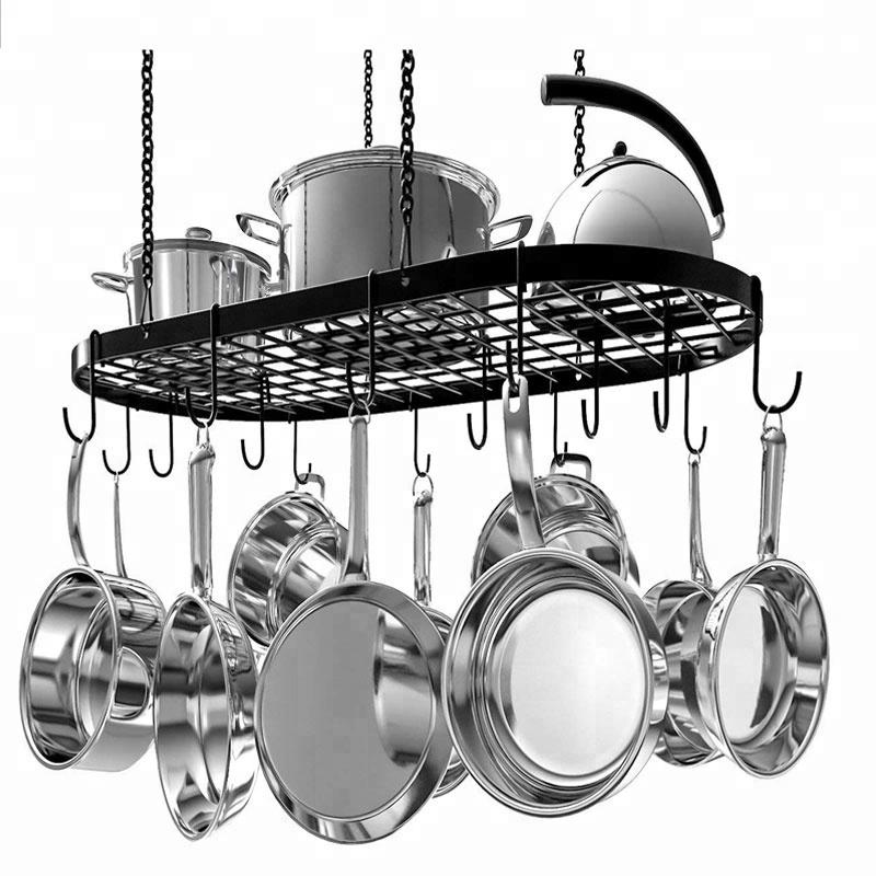 תליית סירים במטבח