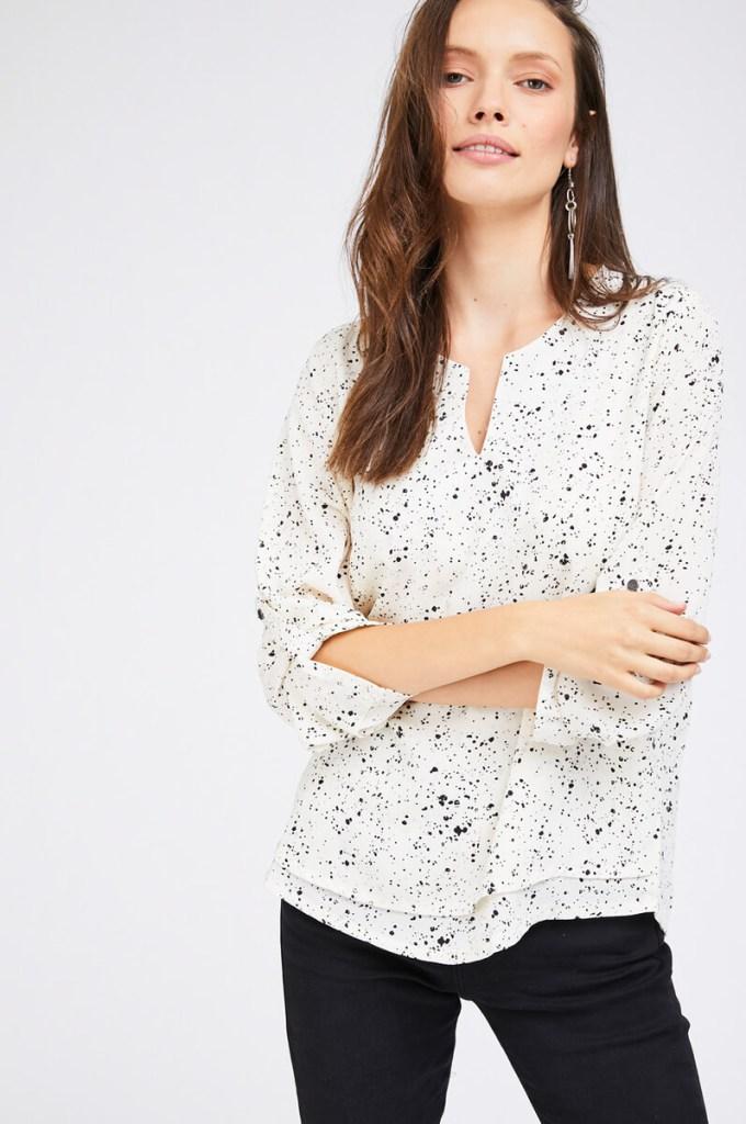 חולצת שכבות נקודות - מה ללבוש בחג