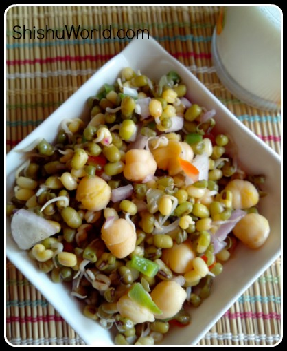 Sprouts and chickpeas salad for mums