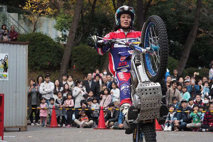 Honda秋の祭典トライアルデモの黒山健一