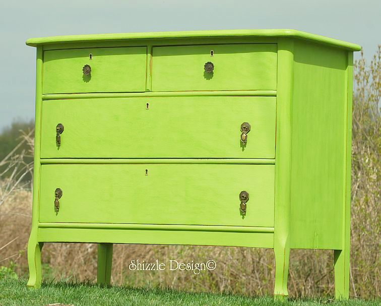 Shizzle Design Spring Hill Green Turns An Antique