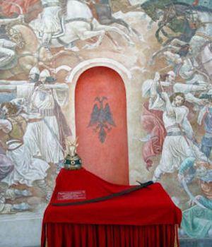 Skënderbeu - memoriali në Krujë