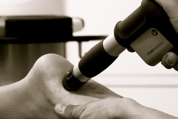 Behandling av hälsporre. Bild: Iklinik