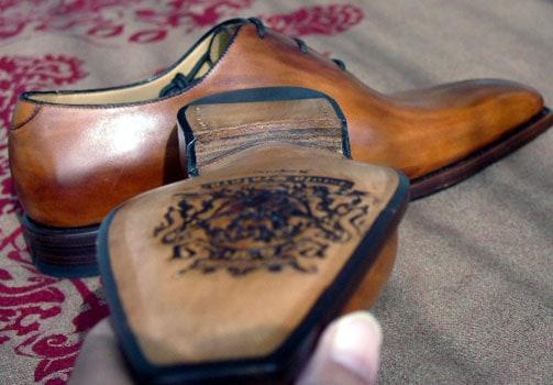 ...och jämföra med denna midja på en sko från Paolo Scafora. Bild: Noveporte