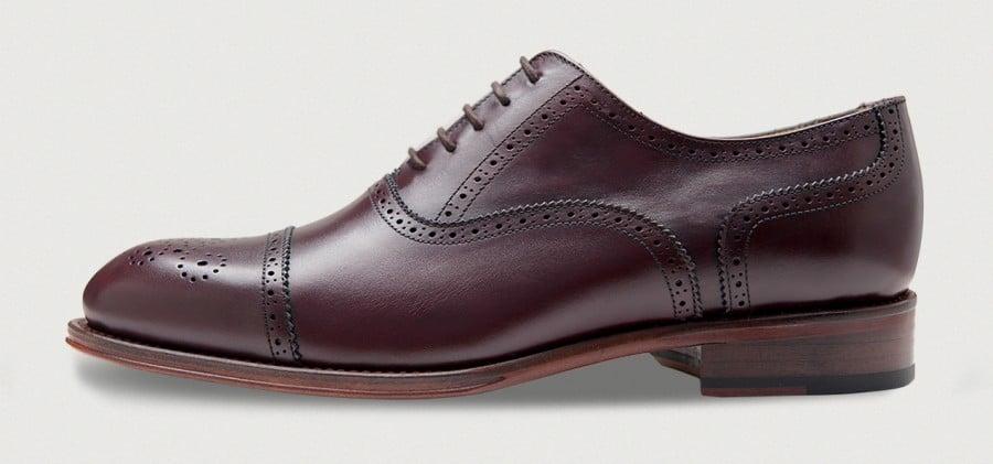 Semi brogue i burgundy från Crownhill shoes.