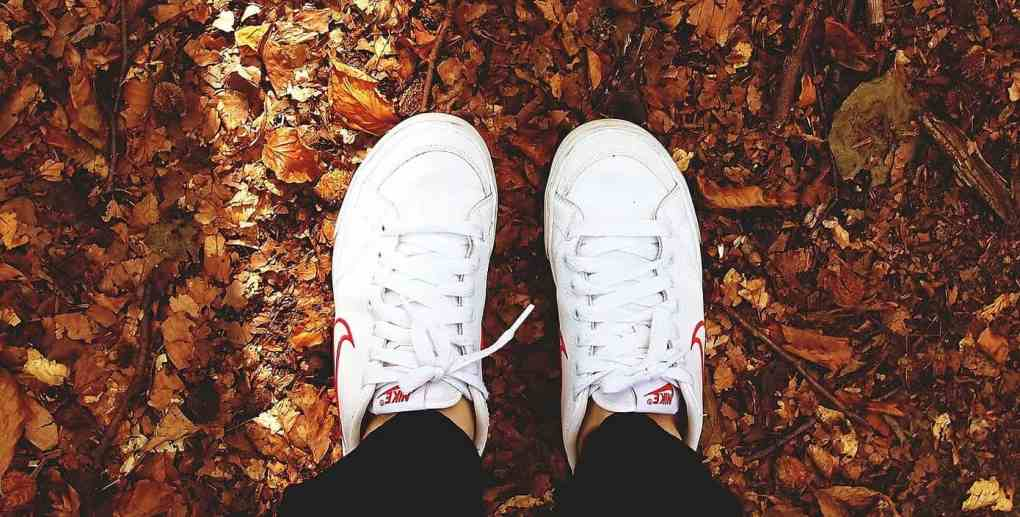How to Clean White Shoes in Proper Way