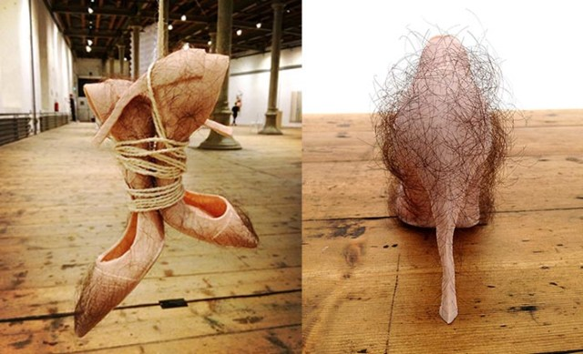 Schoenen gemaakt van mensenhaar: designer Zhu Tian ontwierp de Babe pumps gemaakt van echt mensenhaar. Niet erg smakelijk maar wel origineel.