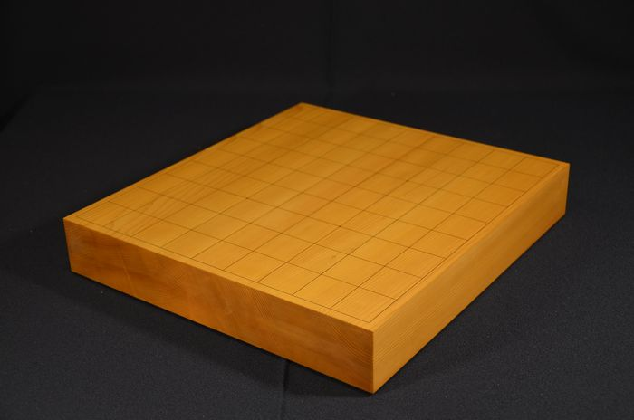 將棋盤 宮崎県産 本榧 二枚継 一寸九分卓上盤