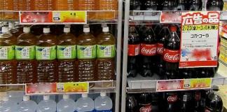 コカ・コーラなど値上げへ 利益出しにくい業界 各社追随の見通し