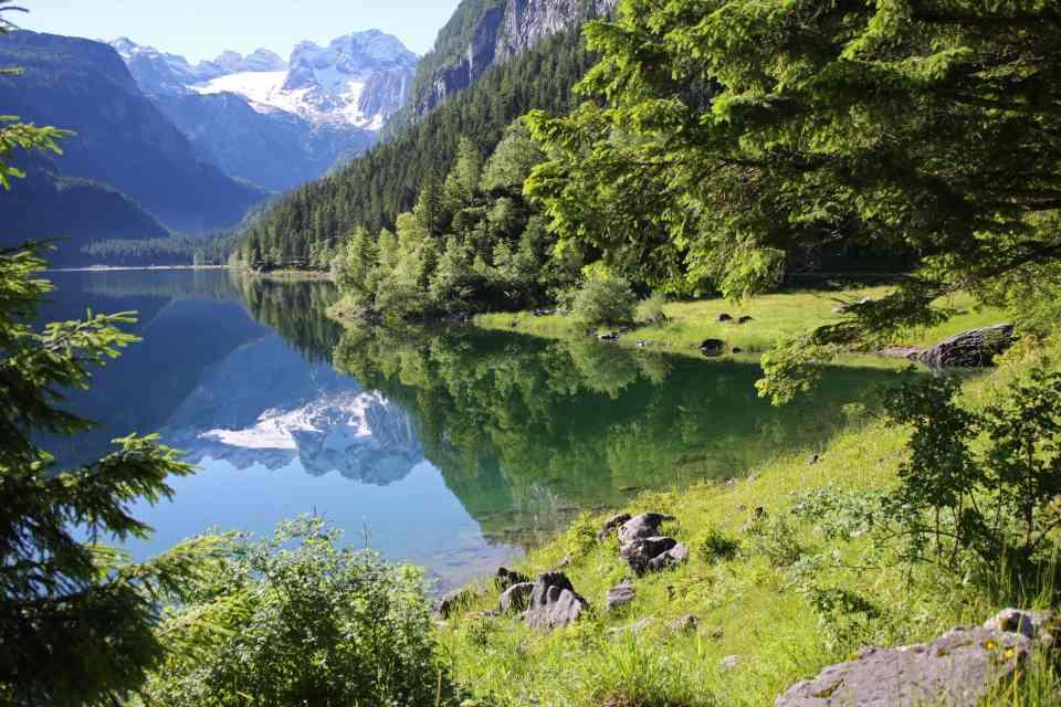 Mirrored reflections on Lake Gosau