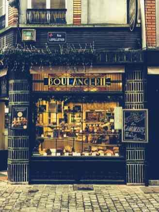 a beautiful fascia at a paul boulangerie in lille