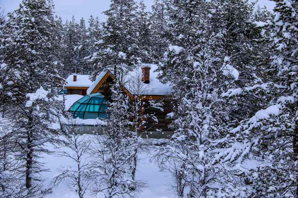 Kelo-Glass Igloos, a combination of log cabin and glass igloo at Kakslauttanen West Village