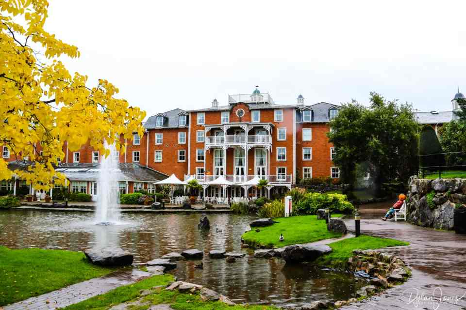 The rear garden and lake at the Alton Towers Hotel