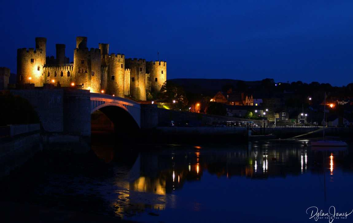 Night views of Conwy Castle