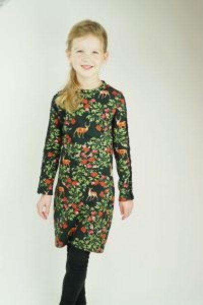 imme jurk kerst feestjurk zelf kleding naaien maken dochter jurk makkelijk