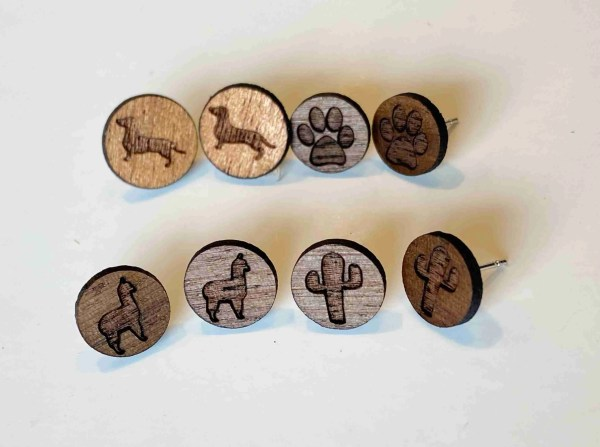 stud earring set laser engraved