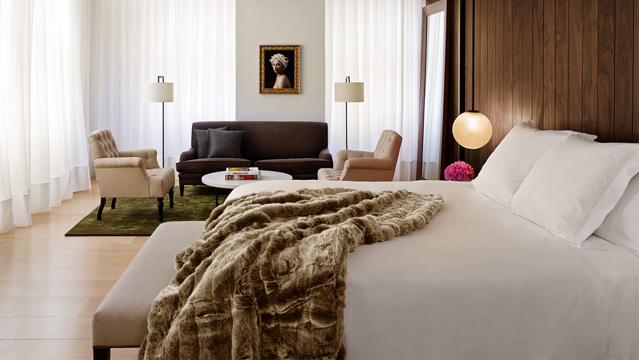 EDITION Hotel Bed Luxury EDITION Hotel Dcor By Ian Schrager