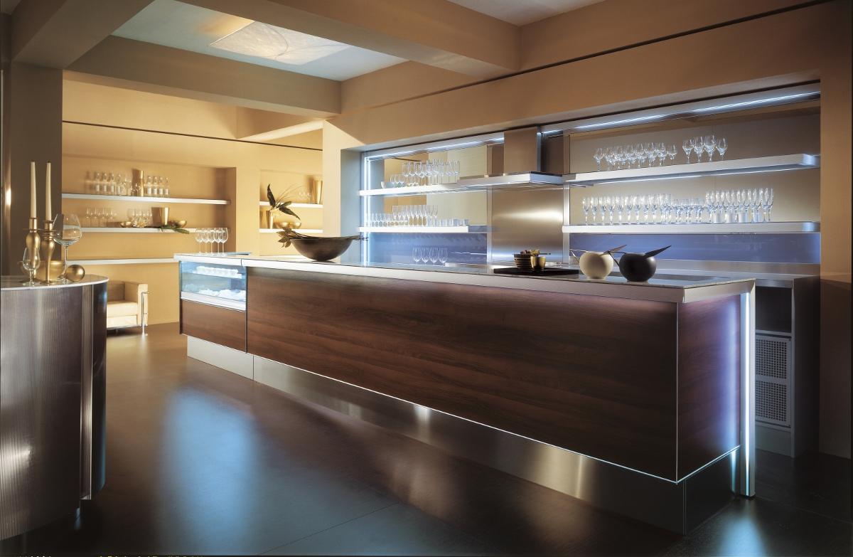 Immagine di bar gelateria frisullo, torre san giovanni: Arredo Bar Profili In Alluminio