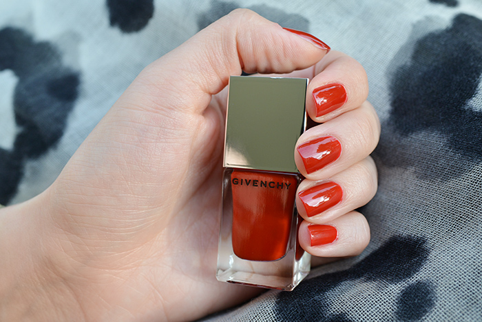 givenchy-le-vernis-grenat-initie-07-01