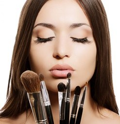 Makeup Brushes & Tools