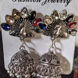 Stylish Design Earrings