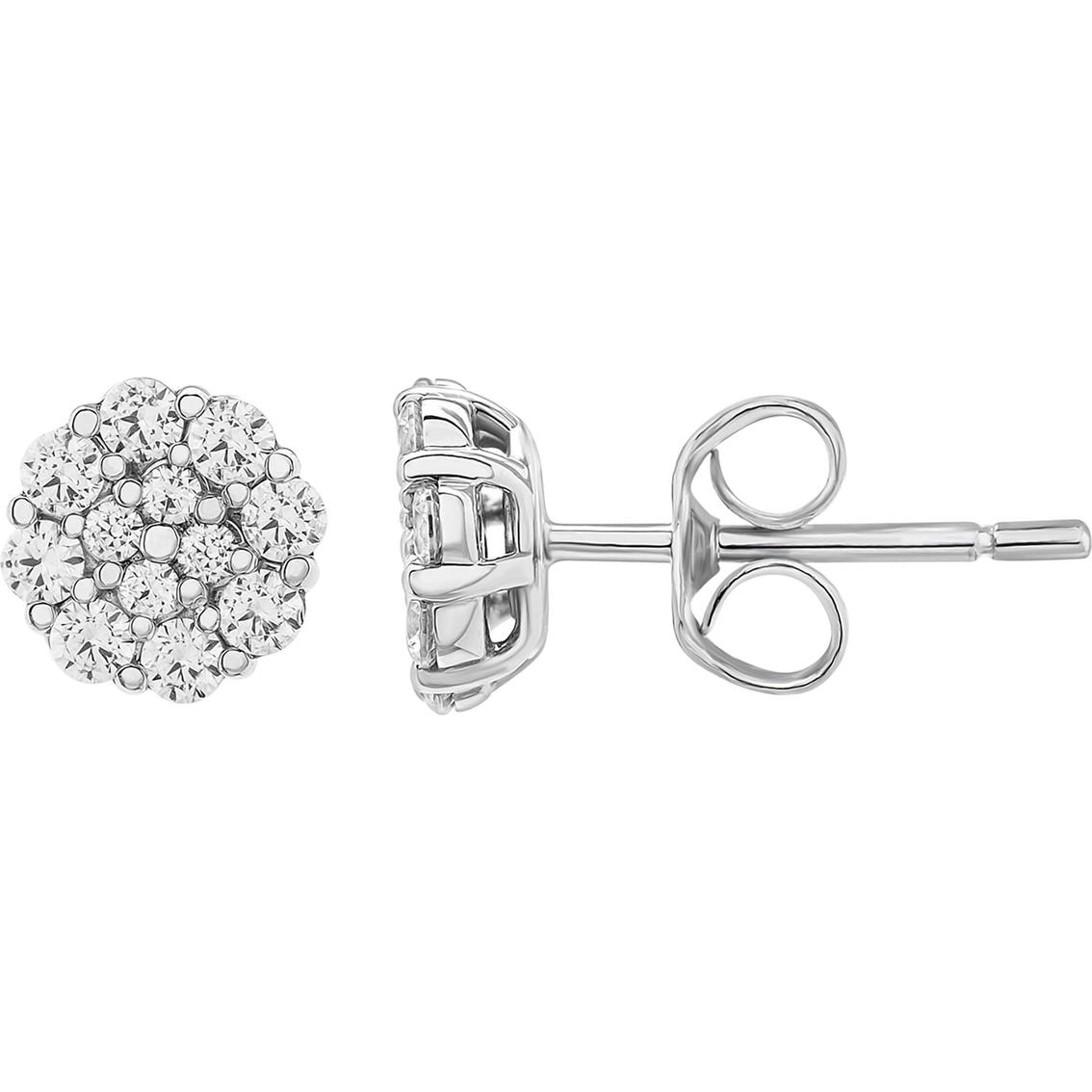 10k White Gold 1 2 Ctw Diamond Cluster Stud Earrings