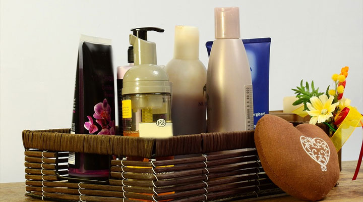 15 Simple ways to save money on hair care products