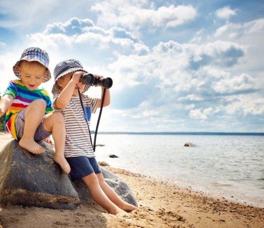 Best 5 Binoculars under $25 for Kids