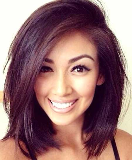 Cute Long Side Part Hairstyle For Women