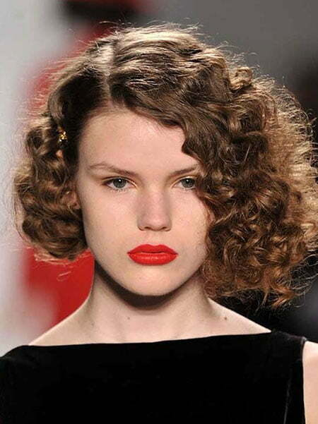 Short Hairstyles For Curly Hair Short Hairstyles 2017