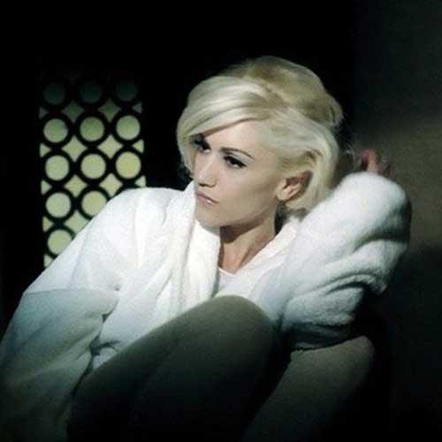 Gwen Stefani With Short Blonde Hair
