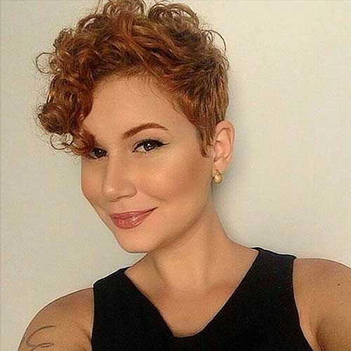 25 Super Short Haircuts For Curly Hair