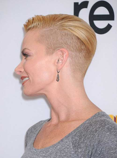 Jaime Pressly with Short Hair