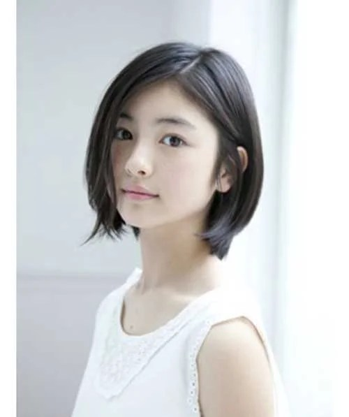 Very Popular Short Hairstyles For Women With Round Face