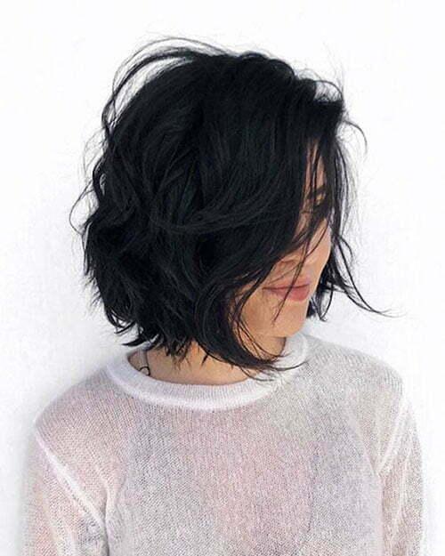 Dark Wavy Bob Hairstyles