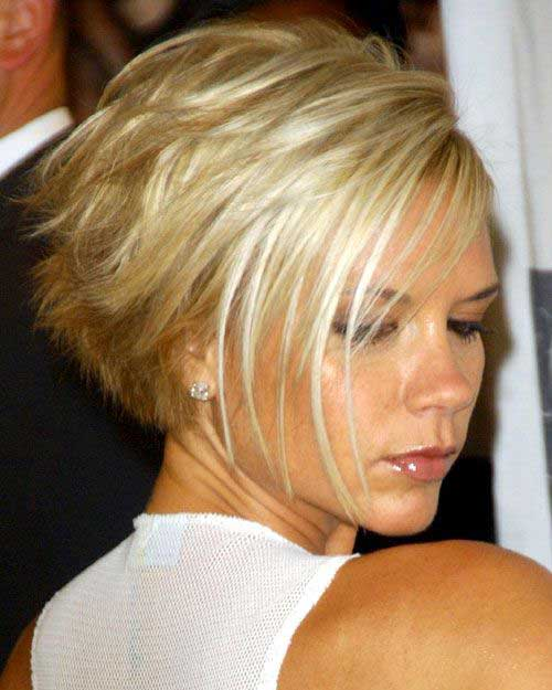 Victoria Beckham Blonde Layered Bob Cuts