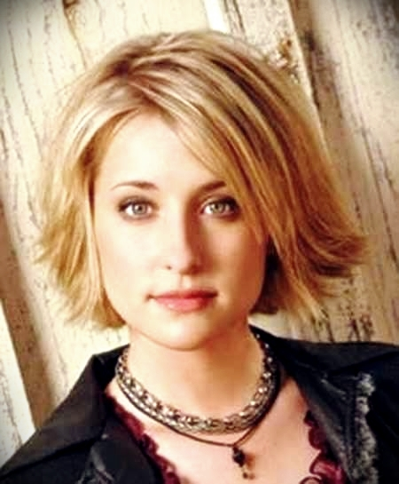 curly-short-hairstyles-round-faces13