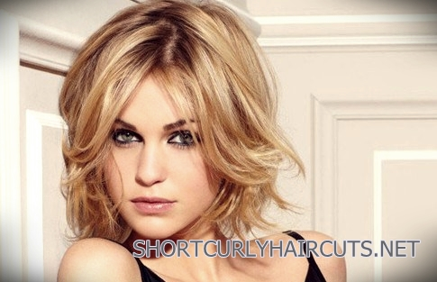 40+ Ideal Curly Short Hairstyles for Square Faces - curly short hairstyles square faces 4