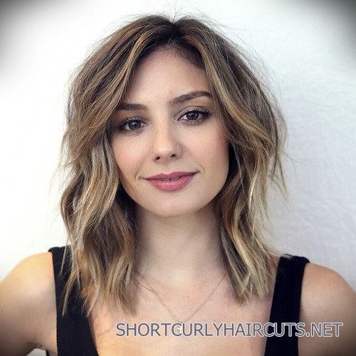 curly-short-hairstyles-square-faces-5
