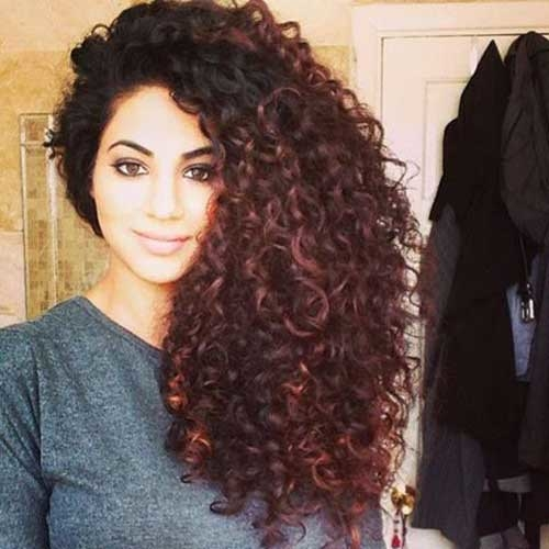 Cute Curly Haircuts for Naturally Curly Hair