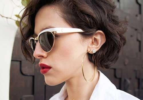 +20 Best Short Hairstyle For Wavy Hair - short hairstyle for wavy hair 7