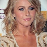 haircuts for medium wavy hair