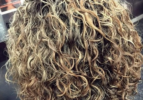 35+ Best Hairdos for Curly Hair - hairdos for curly hair 20