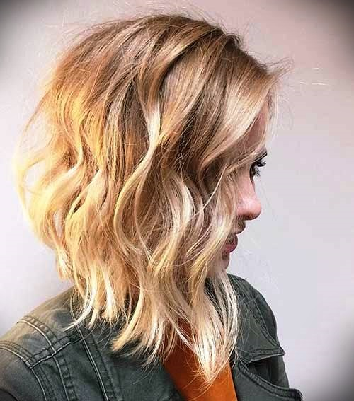short-blonde-curly-hair-32