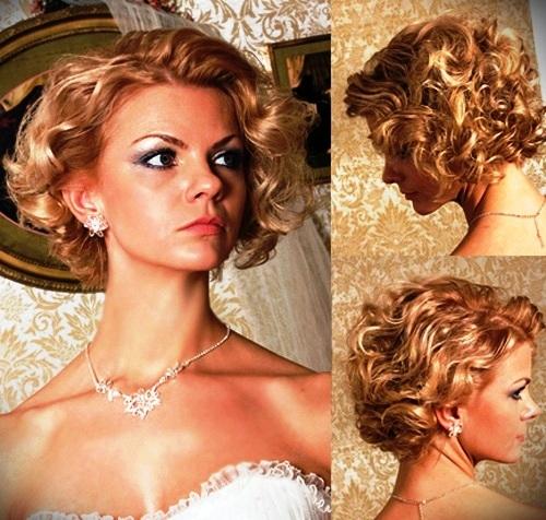 short-blonde-curly-hair-8